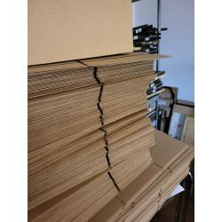Calendar de birou scoarta tare